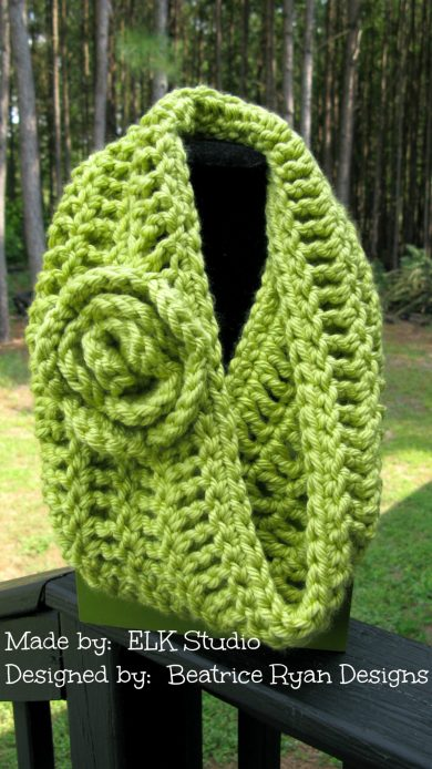 Free Cowl Pattern designed by Beatrice Ryan Designs made by ELK Studio