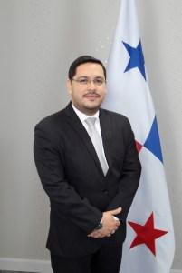 Lic. Julio César González