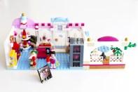 Ca casse les briques : Le cupcake Café d'Heartlake City Legofriends