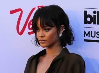 Así lució Riahnna en la alfombra Billboard Awards