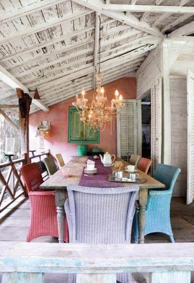 2-Mesas-y-sillas-de-colores