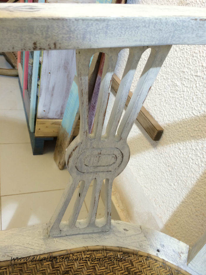 25-shabby-chic-pintar-sillones-de-colores