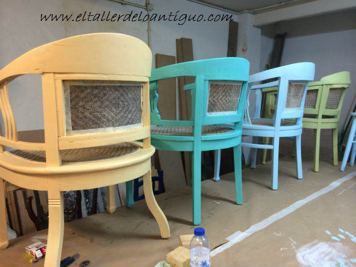 9-shabby-chic-pintar-sillones-de-colores