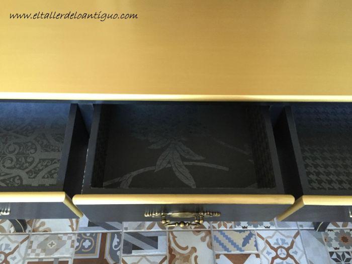 4-mueble-oro-y-negro