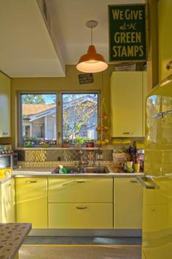 paint yellow kitchen