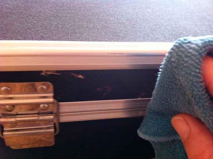 restaurar-maletin-de-manualidades-02