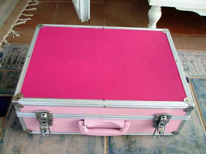 restaurar-maletin-de-manualidades-06