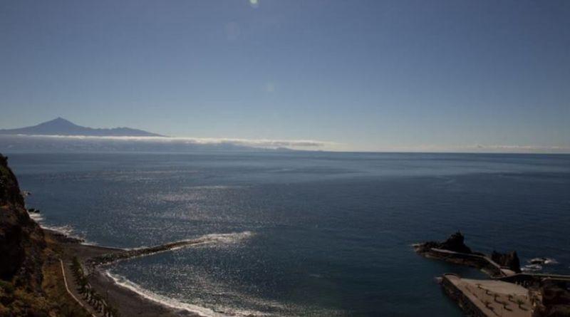 El Ayuntamiento de San Sebastián de La Gomera cierra la Playa de La Cueva por el estado del mar