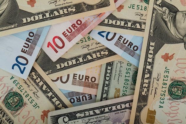 Saiba onde comprar Dólar e Euro mais barato
