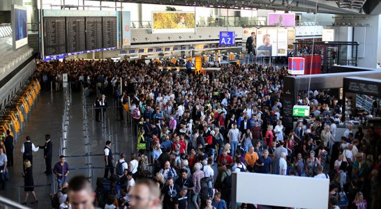 Emergency in Airports – Panic and Evacuation: how to manage both?