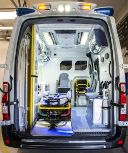 80f81-vano-trauma-ambulanze-bollanti3
