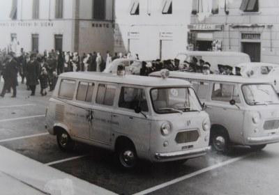 Foto 06: Fiat 600T carrozzata da Mantelli, dono della Cassa Rurale e Artigiana di Pietrasanta – foto ASCVP