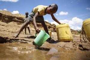 Nel mondo la siccità sta devastando interi continenti: Il Kenya per esempio è alle prese con la peggiore crisi idrica della sua storia