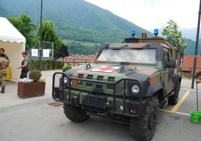 04: l'imponente sagoma del blindato Iveco Lince, in forza al III Reggimento Alpini di Pinerolo (TO) – foto Alberto Di Grazia