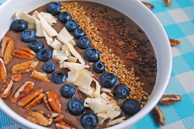 Chocolate Banana Avocado Smoothie Bowl | Emilie Eats
