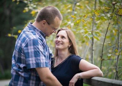 Suzanne + Dave – Calgary Woodland Engagement