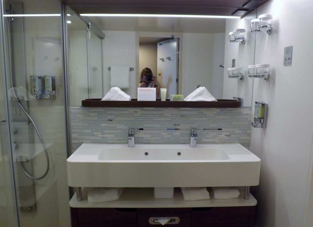 Bathroom on board the Norwegian Escape