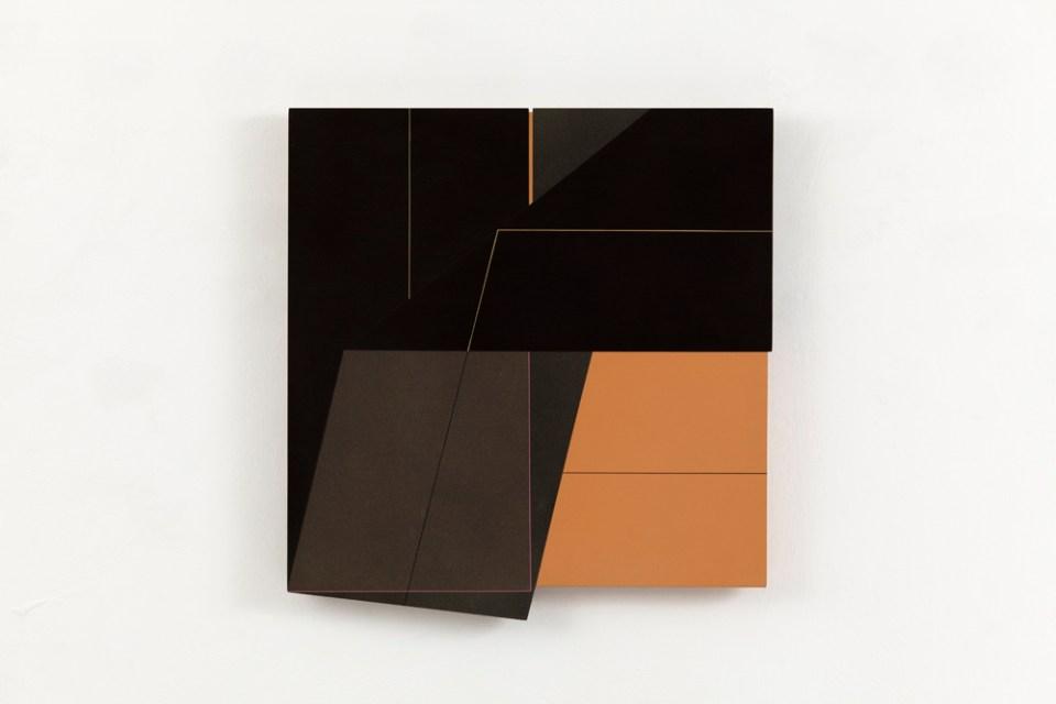 JULIA FARRER 40x40 III, 2005, acrylic on birch plywood, 47 x 40cm