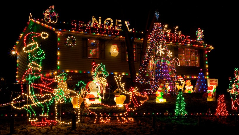 house-christmas-light