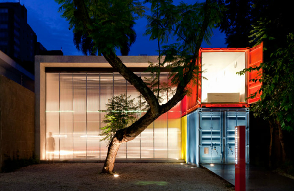Painted-Shipping-Containers-1