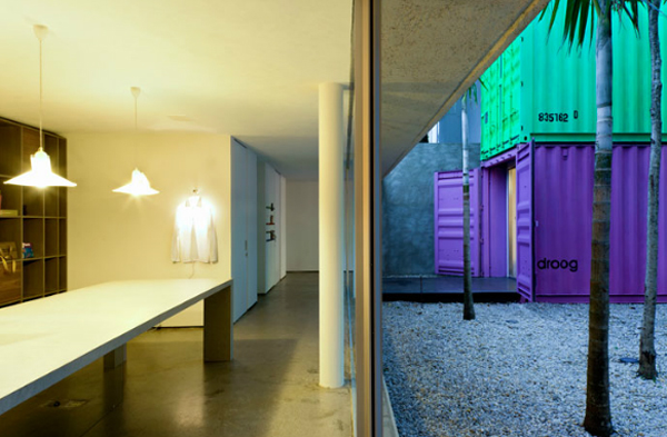 Painted-Shipping-Containers-4