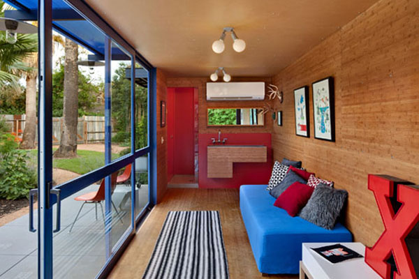 Shipping-Container-Guest-House-5