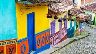 Viajar-a-Colombia-por-motivos-turísticos