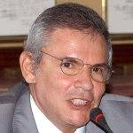 Luis Castañeda sigue liderando intención de voto presidencial en Lima según CPI
