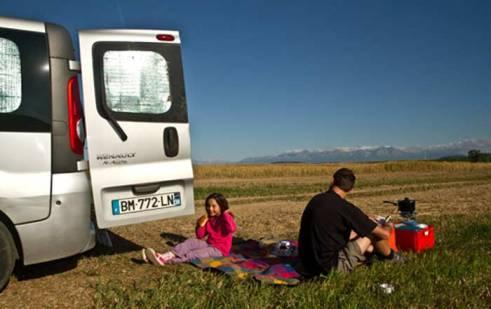 organisation-fourgon-aménagé-pour-voyager-en-famille
