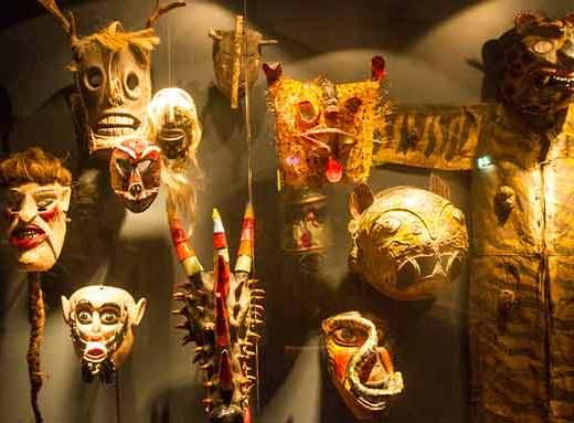 tropenmuseum-masque-amsterdam