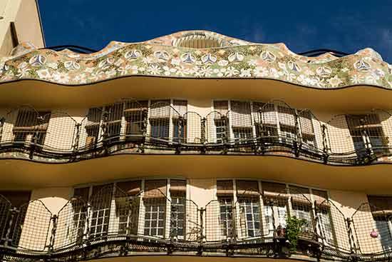 façade-intérieure-casa-batllo-barcelone