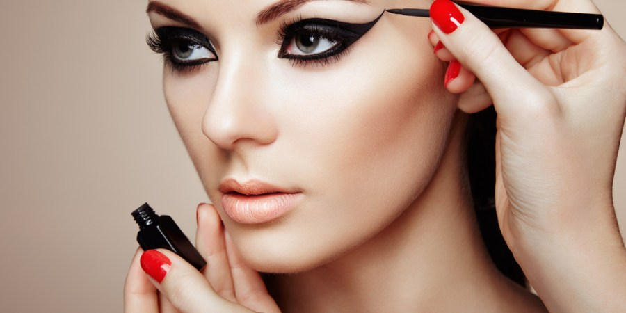 The Harmful Effects of Makeup To Your Skin