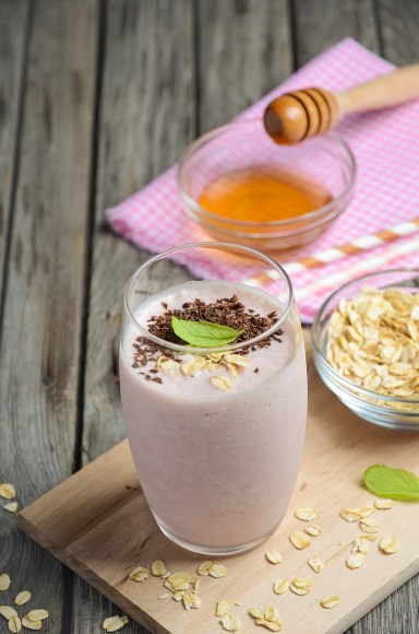 Strawberry and banana smoothie with oatmeal - Enhancements Cosmetic Surgery