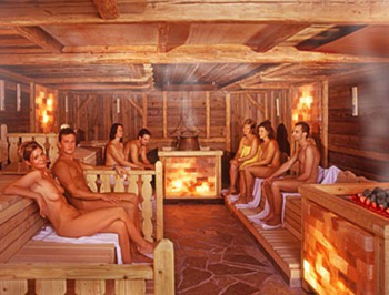 naked men sauna