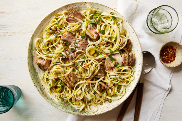 Linguine with Grilled Tuna, Capers and Parsley recipe
