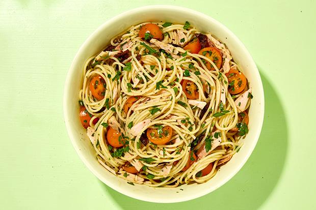 Spaghetti with Tuna, Tomatoes, and Olives  recipe