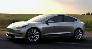 CR-Cars-II-2018-Tesla-Model-3-silver-pr-4-16