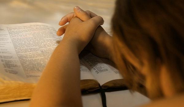 Deus precisa da fé das pessoas para fazer milagres?