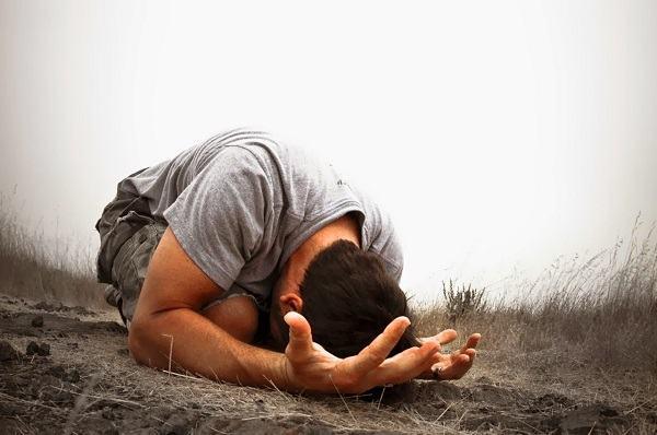 Sempre peco no mesmo tipo de pecado. Como vencer isso?
