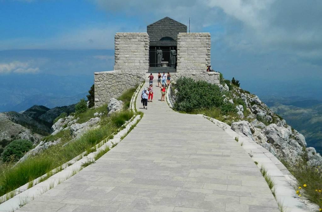 Quanto custa viajar para Montenegro? Só US$ 47 por dia