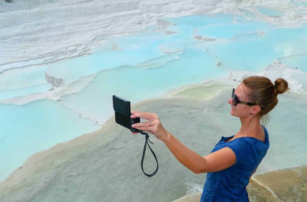 Como tirar selfie em viagens - Use e abuse do pau de selfie