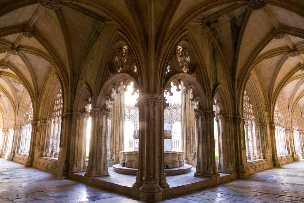 Claustro Real, no Mosteiro da Batalha (Portugal)