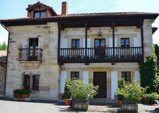Casona Barrio de Arriba (Valle)