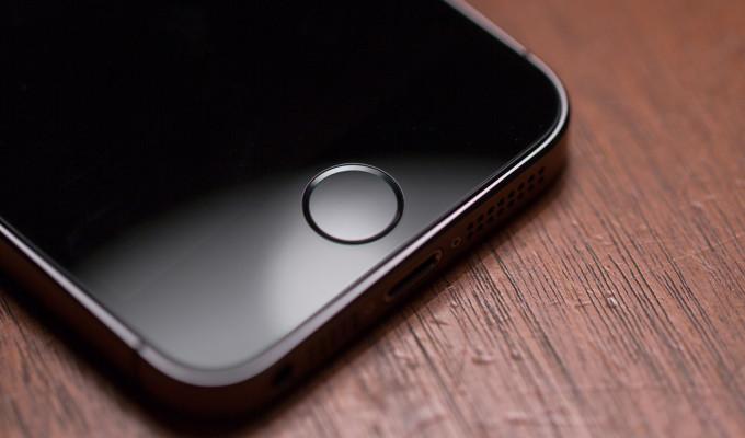 Un nuevo fallo en iOS 8 permite reiniciar los iPhone cercanos a redes WiFi