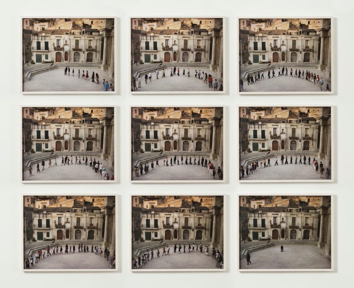 Adrian Paci The Encounter, 2011 9 foto incorniciate 56 x 70 cm cad. © Adrian Paci Courtesy l'artista, kaufmann repetto, Milano Crediti: fotografo Roberto Marossi