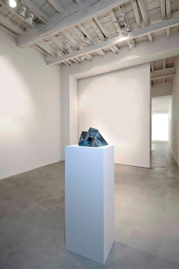Enzo Cucchi, Senza titolo (Cattedrale), 2009, bronzo/bronze, cm 40x33x31. Courtesy Galleria Poggiali e Forconi.