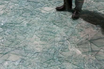 Cildo Meireles, Atraves, dettaglio, Foto Agostino Osio Courtesy Cildo Meireles e Fondazione HangarBicocca, Milano