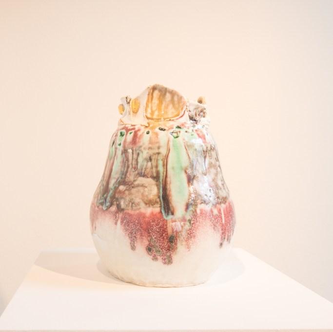 Kentaro KABAWATA, Vaso, porcellana parzialmente invetriata con inserti in vetro