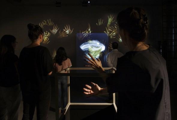 STUDIO AZZURRO, Patine e accumuli Esperienza interattiva in quattro parti, 2015 Milano, Fabbrica del Vapore - Studio Azzurro, CONTAMINAFRO 2015 - identità in evoluzione.