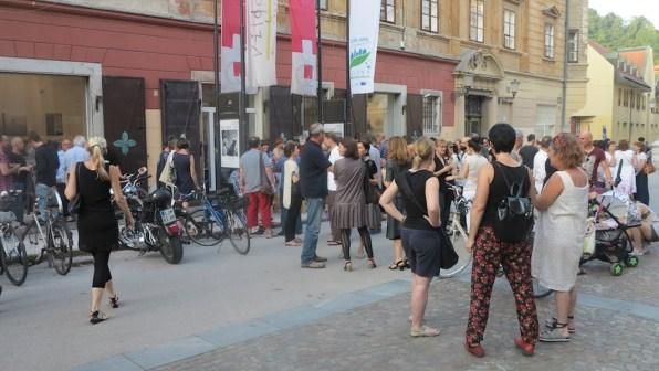 Pregledna fotografska razstava. Fotozgobde 35, inaugurazione della mostra, Galerija Vžigalica, Lubiana (Slovenia)